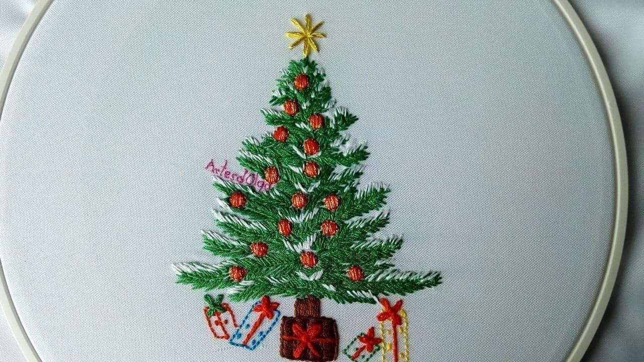 Hand Embroidery Christmas Tree Arbol De Navidad Bordado A Mano Artesd Olga Christmas Embroidery Patterns Christmas Embroidery Designs Christmas Embroidery