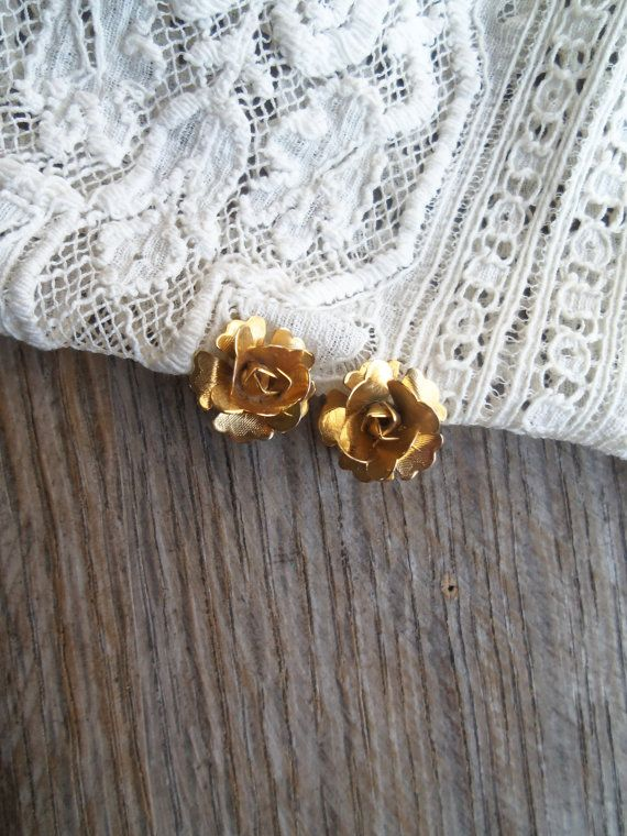 Petite Gold Tone Rose Clip On Earrings by bettyrayvintage on Etsy