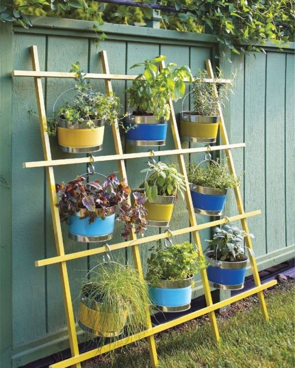backyard herb garden arrangement ideas 20 gardenoholic - Herb Garden Design Examples