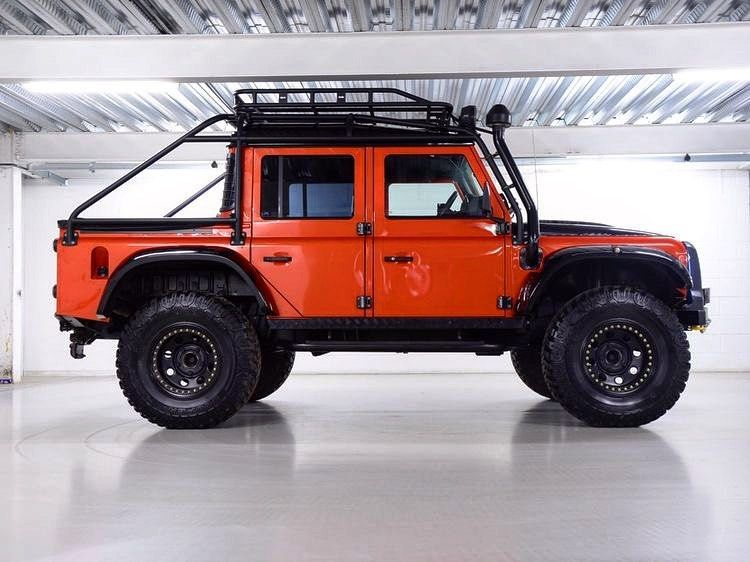940 Likes 5 Comments Defender Nature On Instagram Orange Beauty Defender Nature La Land Rover Defender Land Rover Land Rover Defender 110