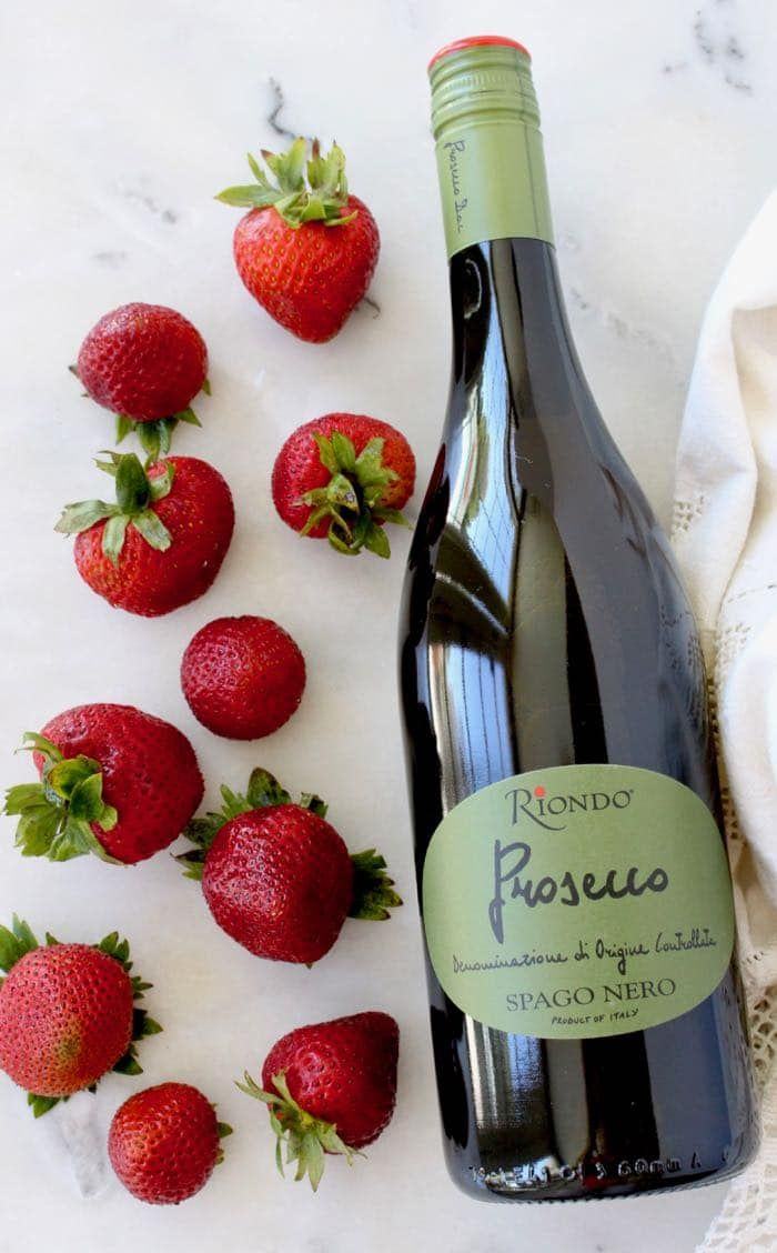 Strawberry Bellini Recipe With Riondo Prosecco Recipe Bellini Recipe Strawberry Bellini Riondo Prosecco