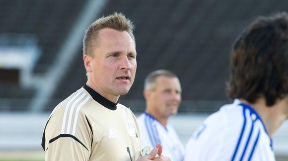 Assistant Coach Antti Niemi