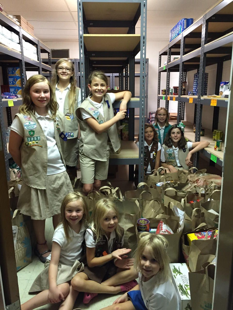 Girl Scout Troops 1152 & 1252 Fill Our Pantry! • The