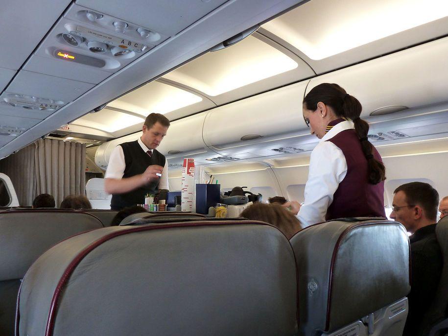 Watching Ice Terrorize Kids A Flight Attendant Risks 29 Year