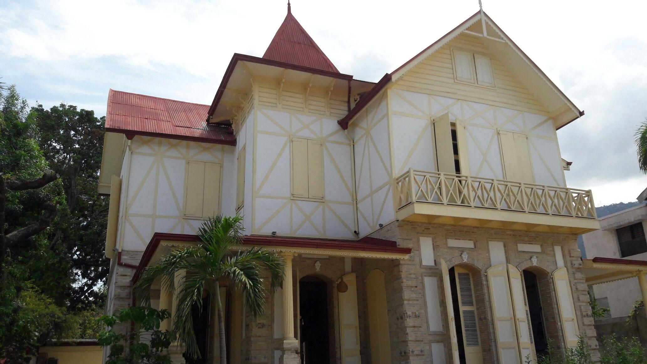Maison Dufort In Bois Verna PortauPrince Haiti A Gingerbread - Vol paris port au prince
