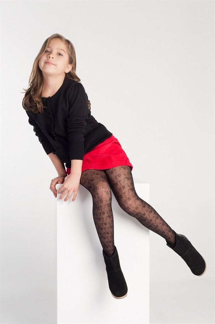 Young girls pantyhose tights