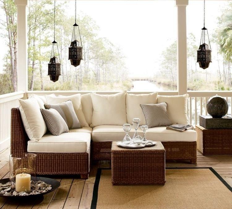 outdoor m bel set aus rattan mit polsterkissen in wei maritim wohnen pinterest. Black Bedroom Furniture Sets. Home Design Ideas