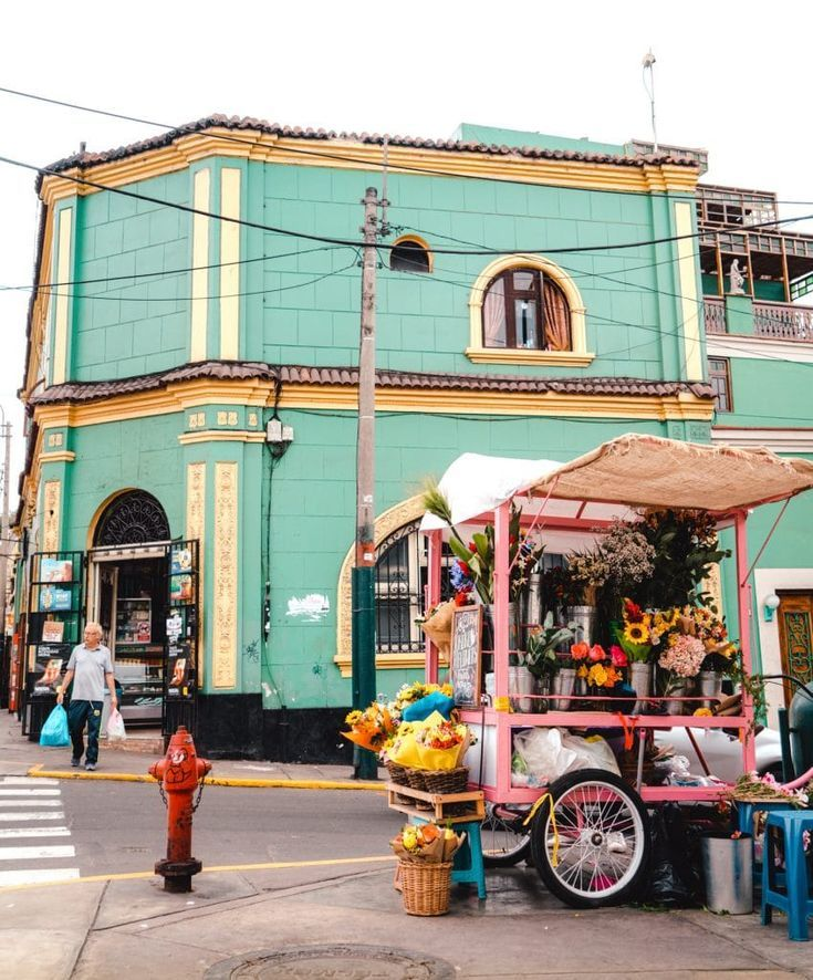 Complete Travel Guide to Lima, Peru
