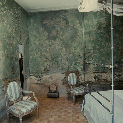 Pauline de Rothschild's Paris bedroom...mine would be a little less ornate, but I love the look