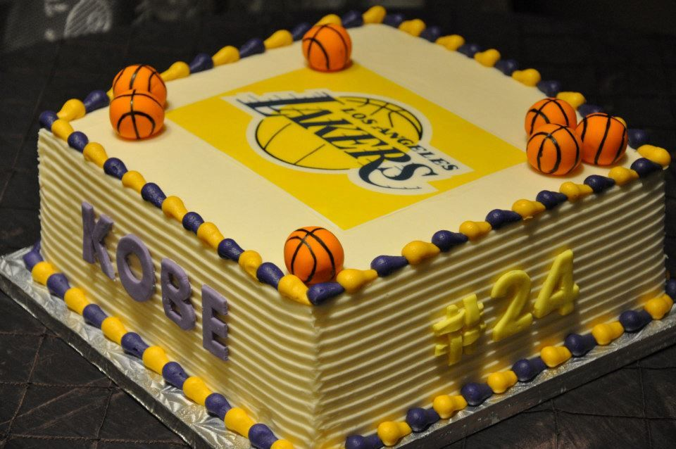 Excellent Los Angeles Lakers Cake I Love This Except My Cake Would Have Funny Birthday Cards Online Sheoxdamsfinfo