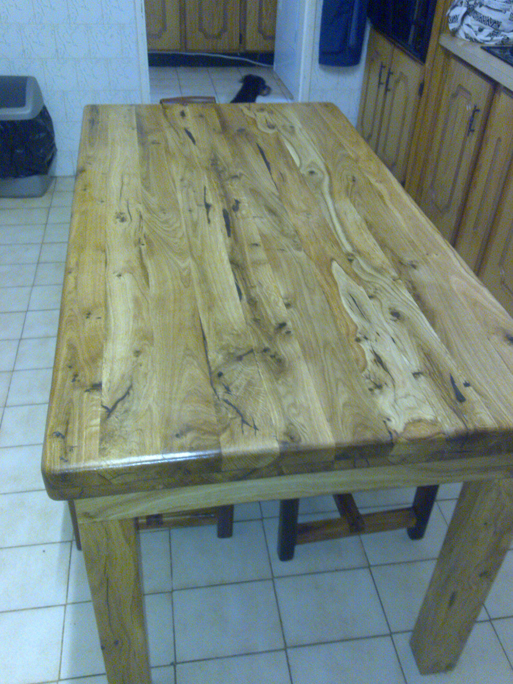 kitchen table made from pin oak trees sleeper wood furniture rh pinterest com Red Oak Log Furniture Rustic Log Furniture