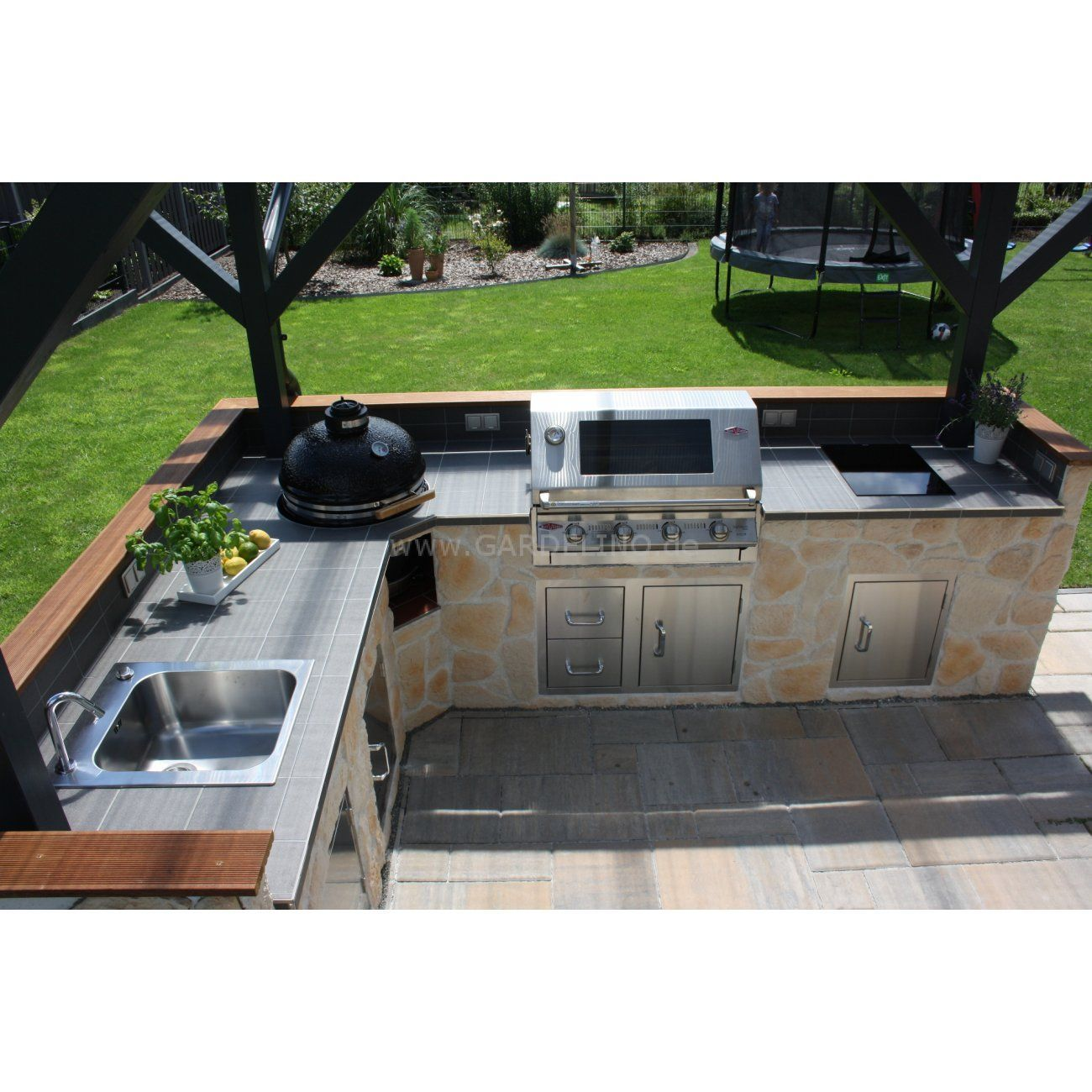 10 Outdoor Kitchen Ideas And Design On A Budget To Experience A Fun Cooking Outdoor Kitchen Grill Outdoor Bbq Kitchen Modern Outdoor Kitchen