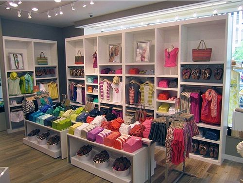Best 25 clothing store design ideas on pinterest for Baby shop decoration ideas