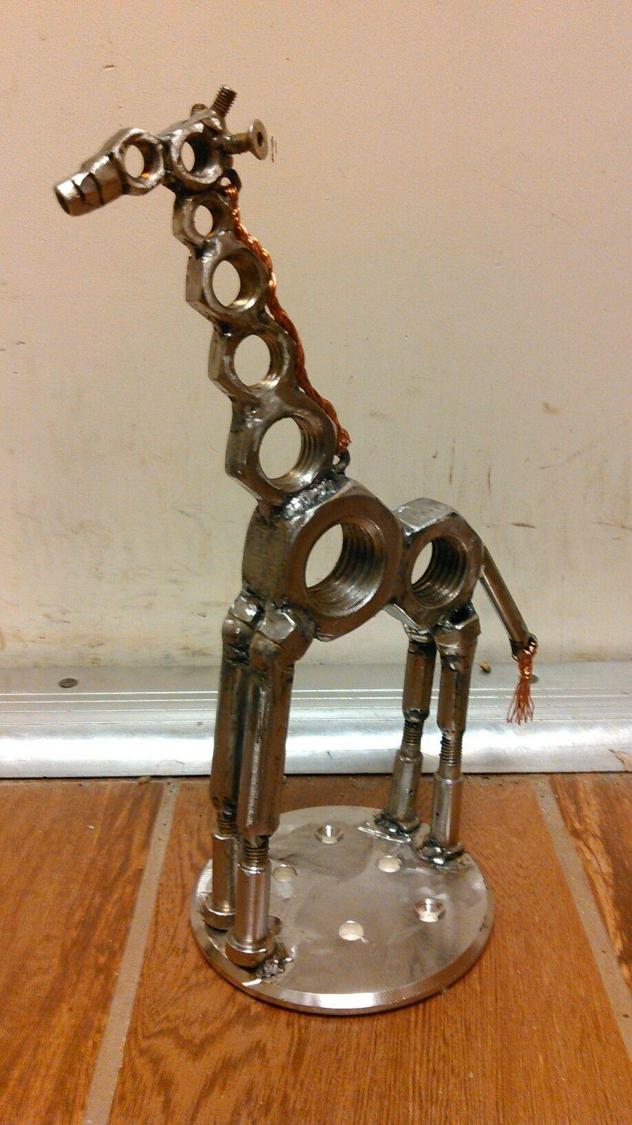 Scrap metal giraffe Scrap metal art, Metal art diy