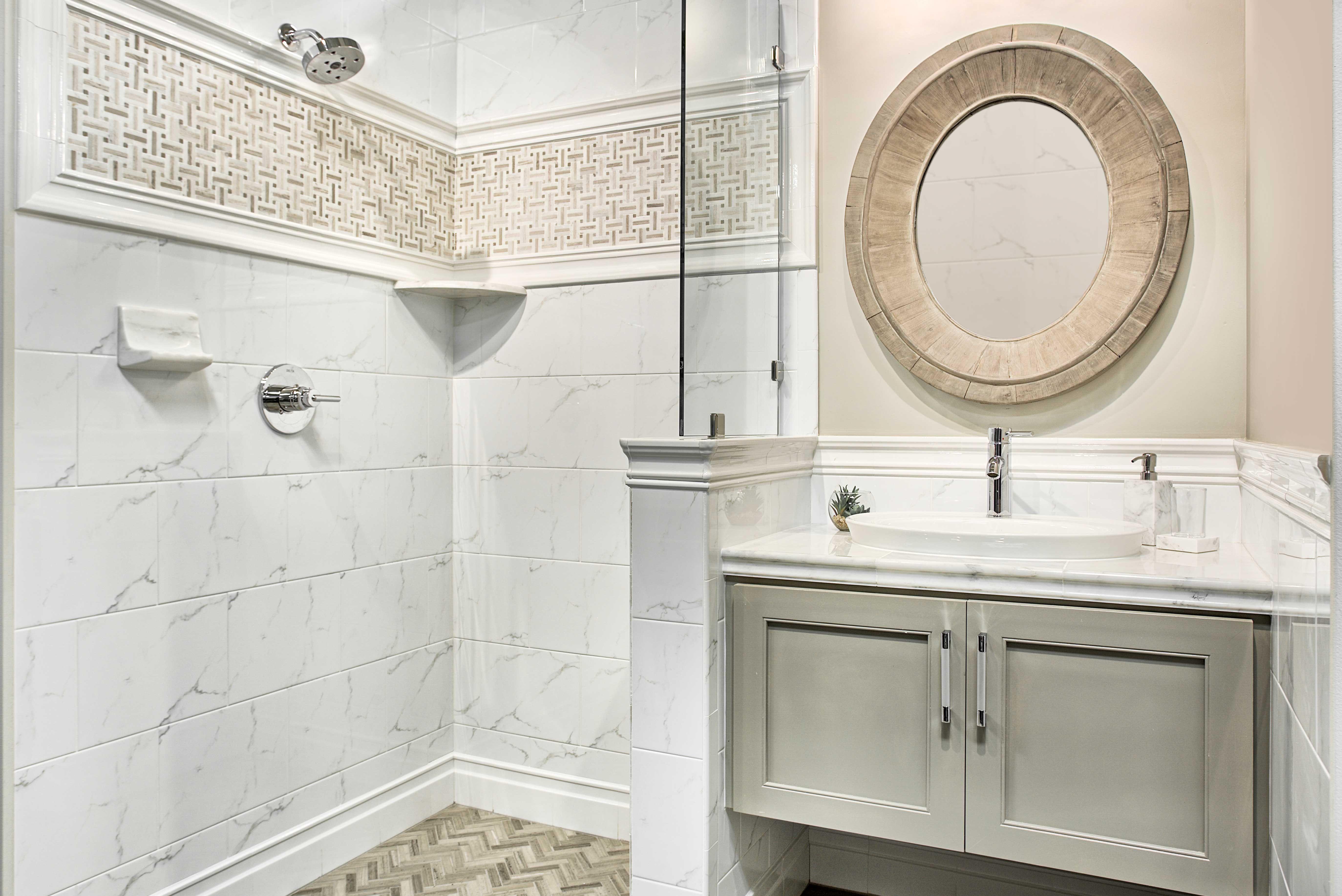 Bathroom Ceramic Wall Tile Calacutta Bianco Gloss 10 X 13 In
