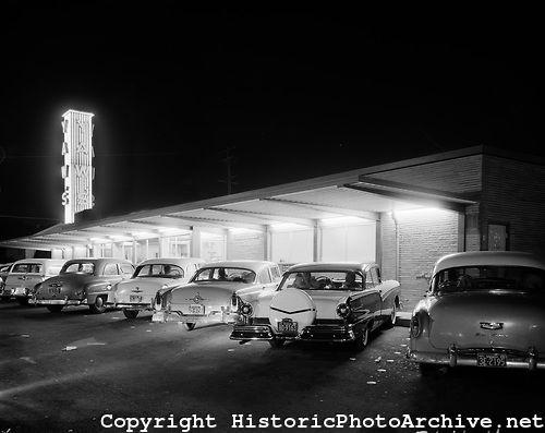 Yaws Drive In Restaurant Portland Oregon 1957 Photo