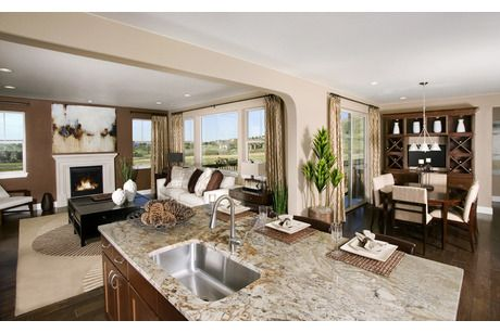 An Open Floor Plan Creates A Great Space To Entertain The Kings Ridge Crest New Homes Community Stand Home Dream Home Design Standard Pacific Homes