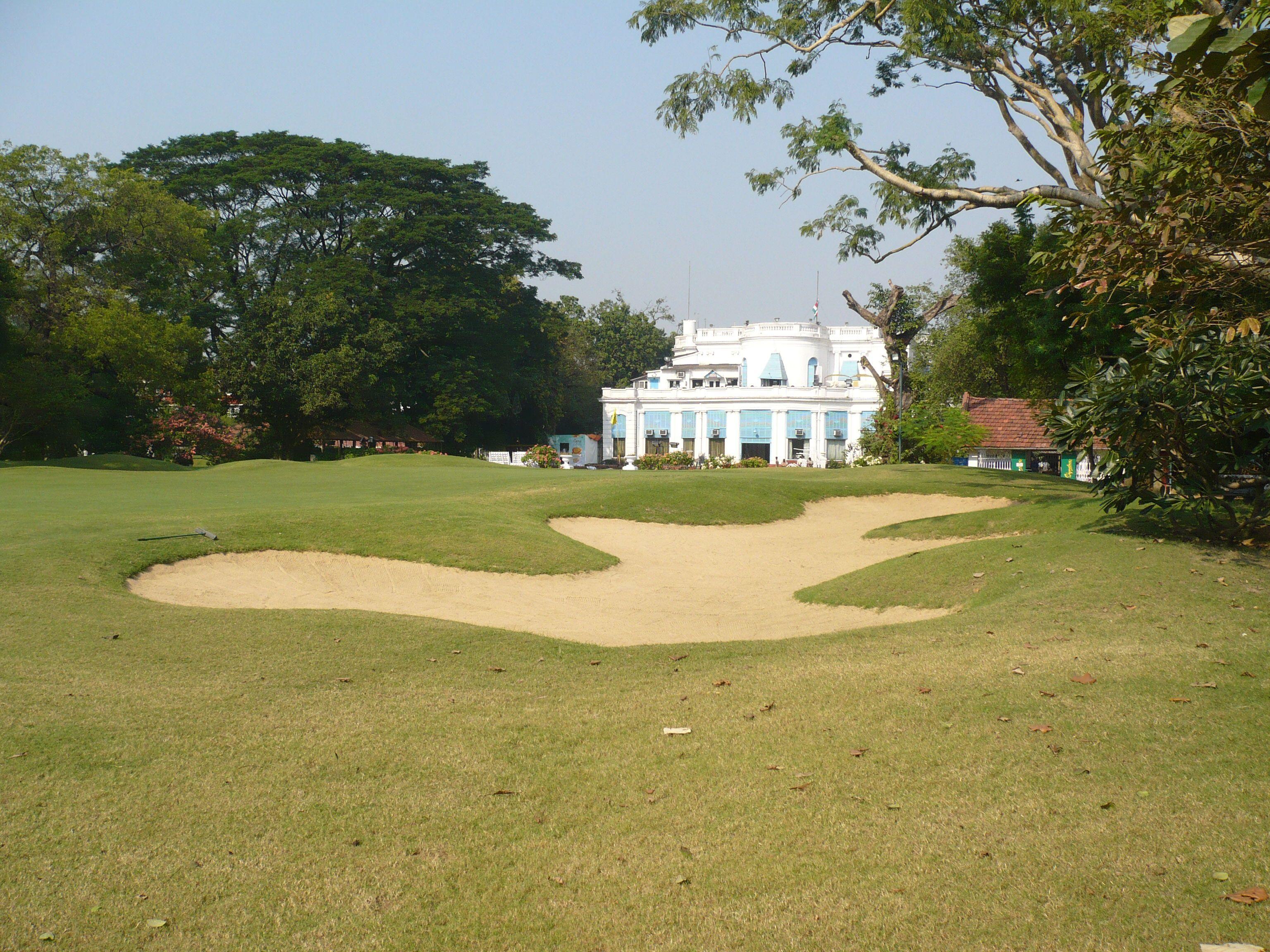 17++ Beverley golf course viral