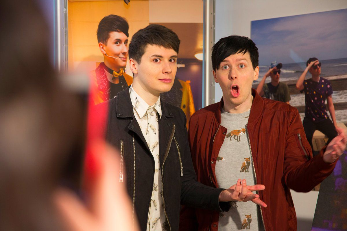 You have until Saturday to come check out the DAPGO pop up exhibition at the Creator Store! Hurry up! danisnotonfire & AmazingPhil