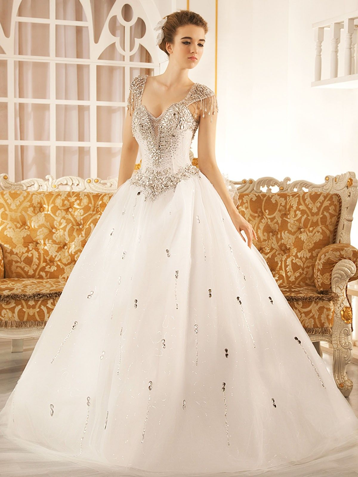 Ivory Square 1.5 Meters Train Tulle Ball Gown Wedding Dress W015