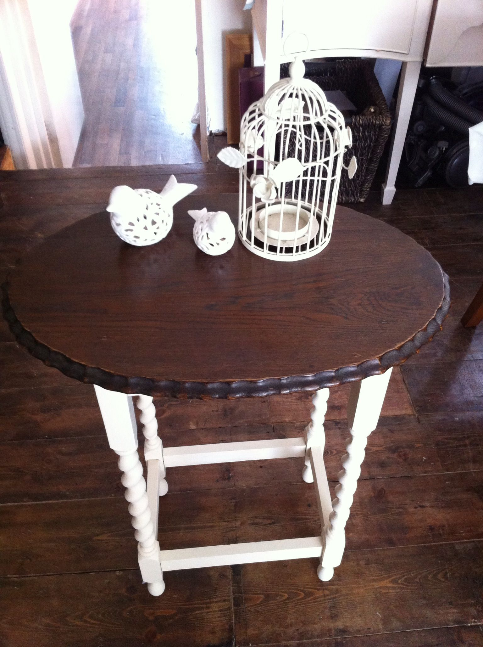 Cream Bedside Tables: Shabby Chic Country . Solid Oak Barley Twist Side Table