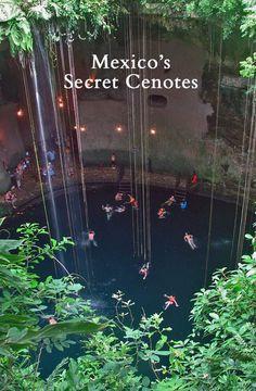 Cenotes de la Peninsula del Yucatan, México.