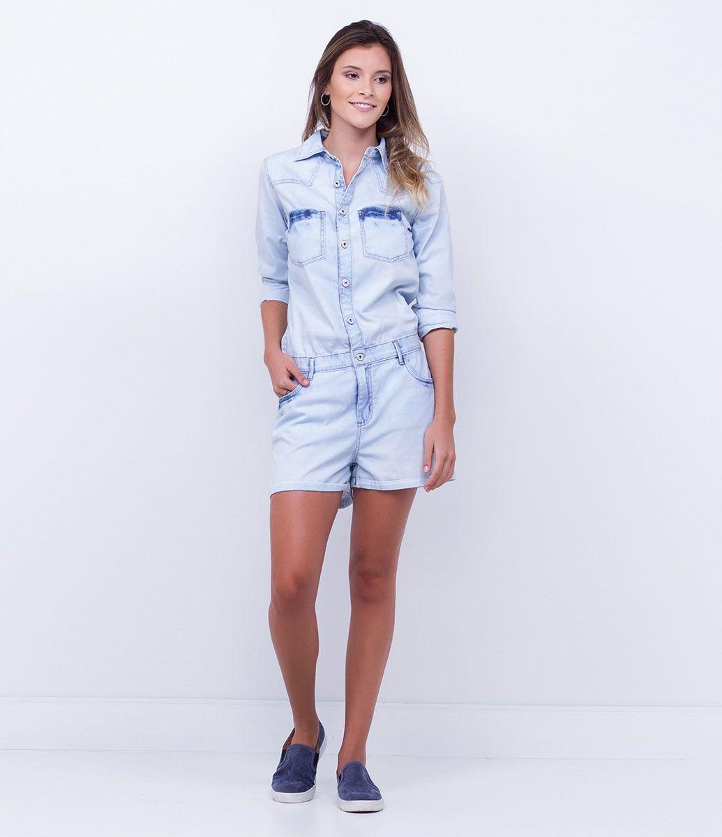 ab5ccbcb5 Macacão feminino Manga longa Curto Com botões frontais Bolsos funcionais  Marca: Blue Steel Tecido: jeans Modelo veste tamanho: P COLEÇÃO INVERNO  2016 Veja ...