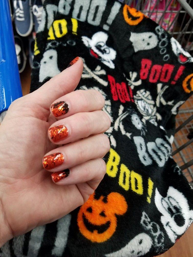 Haunted Mansion Halloween nail polish strips. Mickey Mouse
