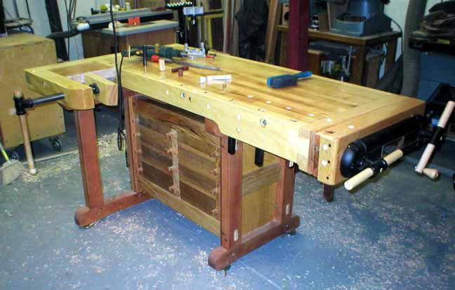Best Charlie B S Making A Cabinet Maker S Bench Index 400 x 300