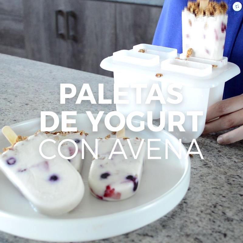 Paletas de yogurt con avena