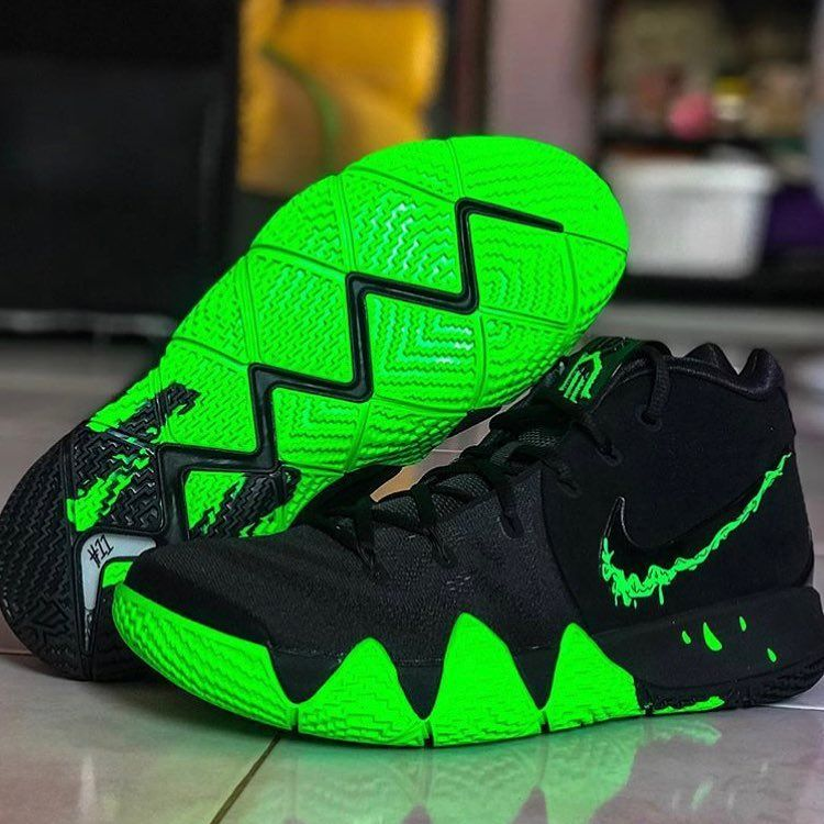 "official photos a36ad 05ac1 Nike Kyrie 4 ""Halloween"".👌     