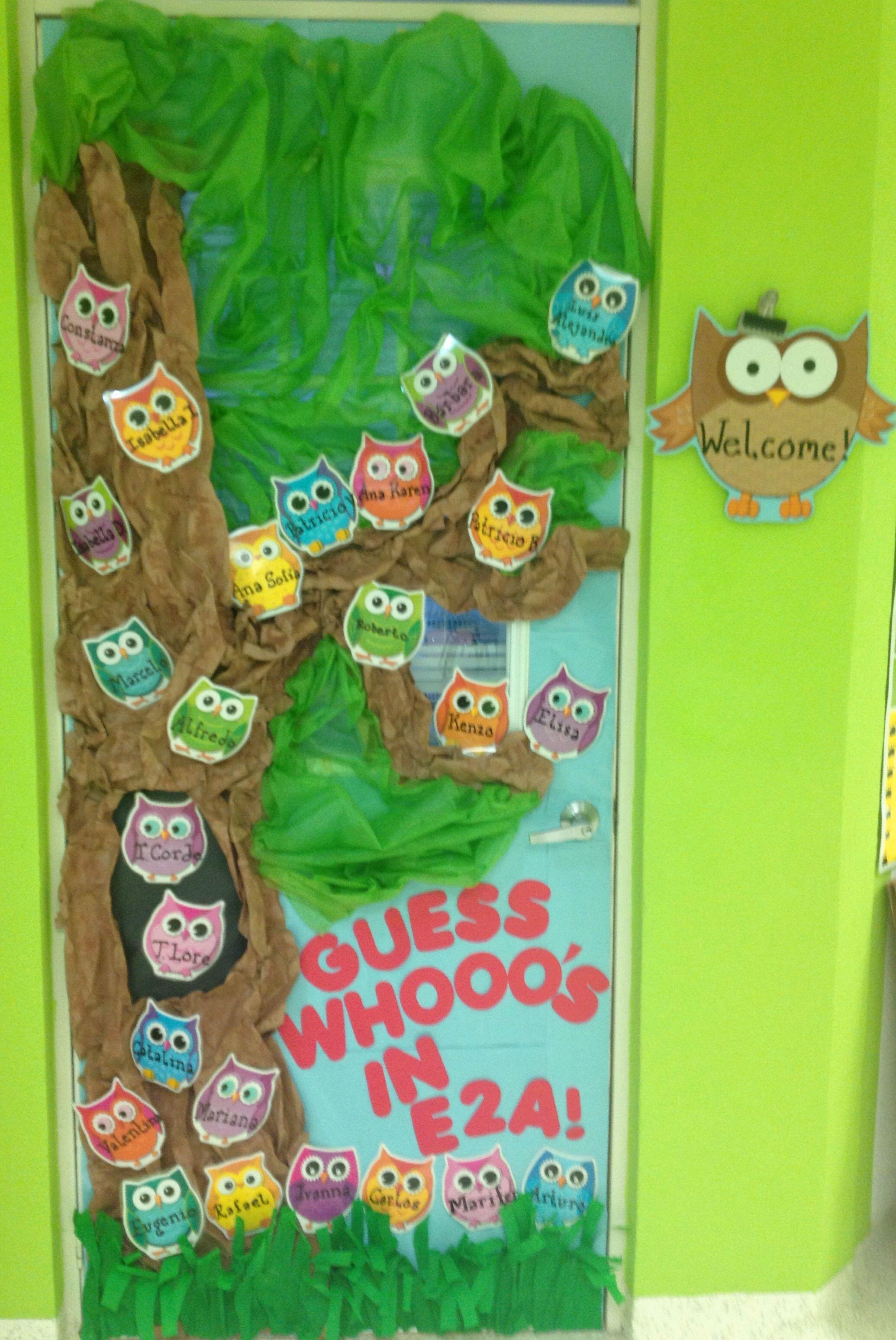 Owl door decoration to welcome kindergarten kids teacher for Decoration kindergarten