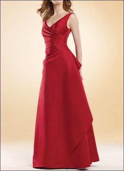 Klassisches Abendkleid in Valentino-Rot! | Brautmutter Kleider ...