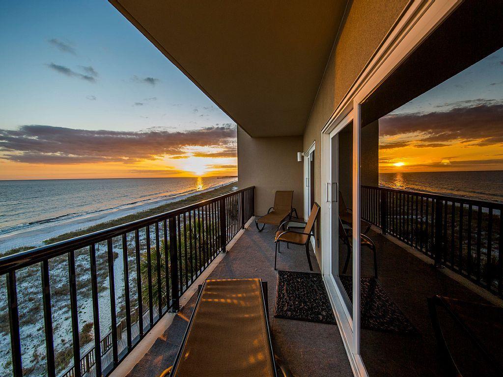 Vrbo Com 471935 Luxurious Condo Offering A Full Panoramic View Of The Gulf Of Mexico Condo Balcony Beach Condo Condo Vacation Rentals