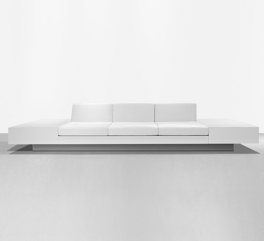 Pure, extra long lines, the sofa HT 201 by Henry Timi _