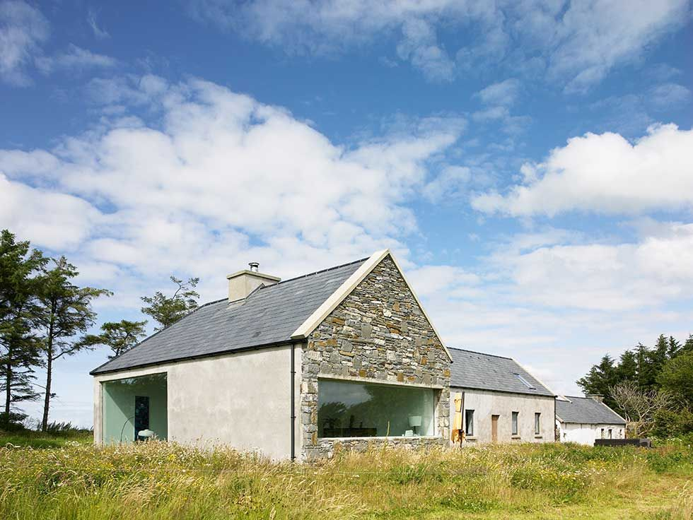 modern farm cottage renovation exterior | Modern bungalow ...