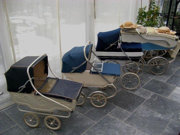 Mooie oude kinderwagens.