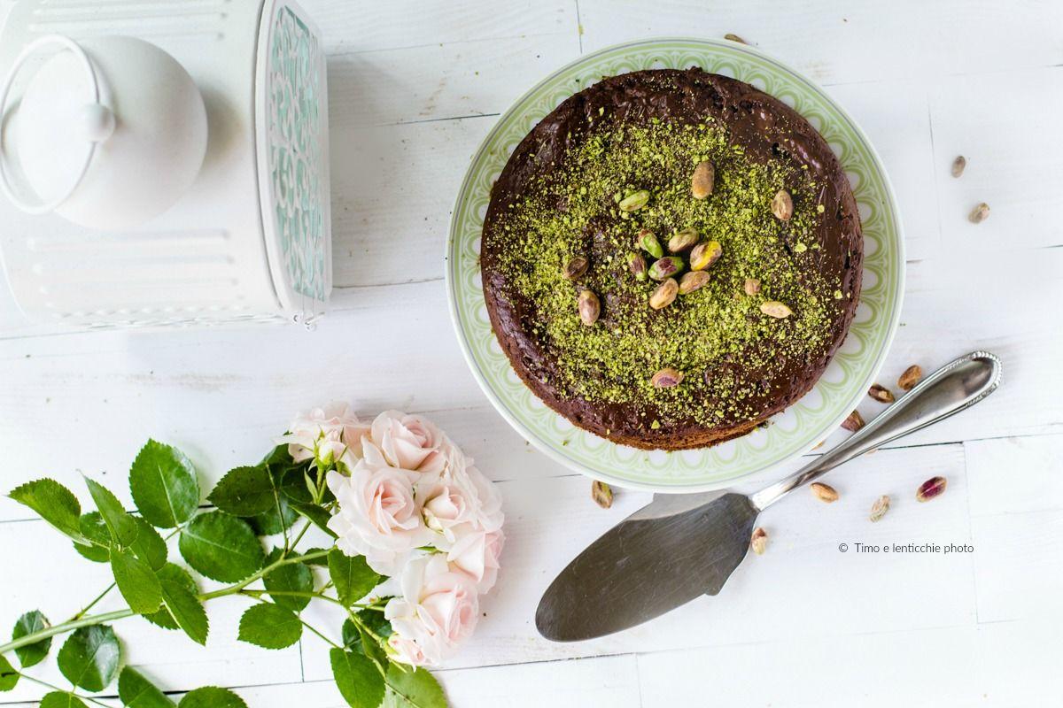 Torta semintegrale ai pistacchi di bronte e cioccolato