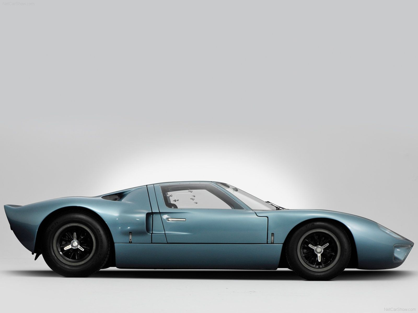 Ford Gt The Car Ford Built With Shelbys Help To Beat Ferrari At Le Mans Beat Them It Did The  In The Name Refers To The Cars Height As In The
