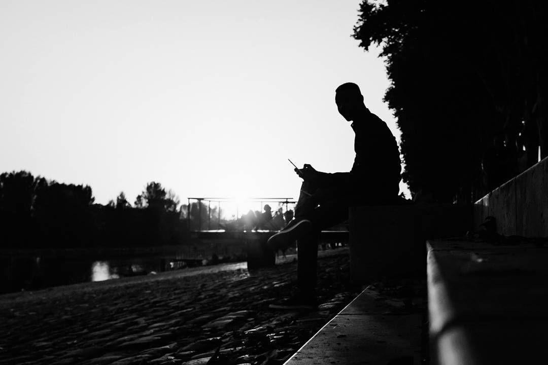 A phony man. #orleans #france 2017. #street #pierrepichot #fineart #print #monochrome #urban #streetphotography #streetlife #blackandwhite #streetphotographers #magnumphotos #bnw_legit #worldstreetfeature #wearethestreet #everydayeverywhere #everybody_street #streetphotoawards #bnw_planet #streetphoto_bw #silvermag #street_bw #streetleaks #storyofthestreet #fromstreetswithlove #ourstreets #life_is_street #friendsinBnW