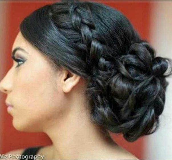 Side braid & low messy bun (With images)   Prom hair ...