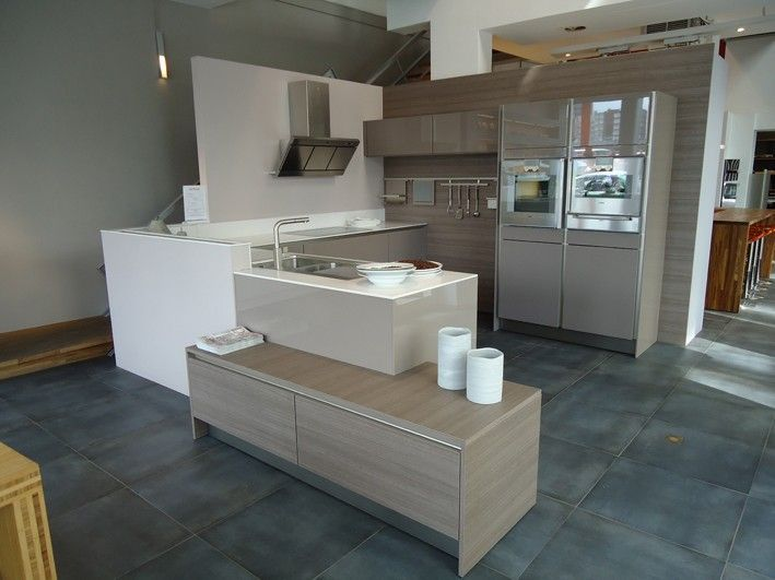 taupe blanc et bois d co cuisine kitchen kitchen home decor et sweet home. Black Bedroom Furniture Sets. Home Design Ideas