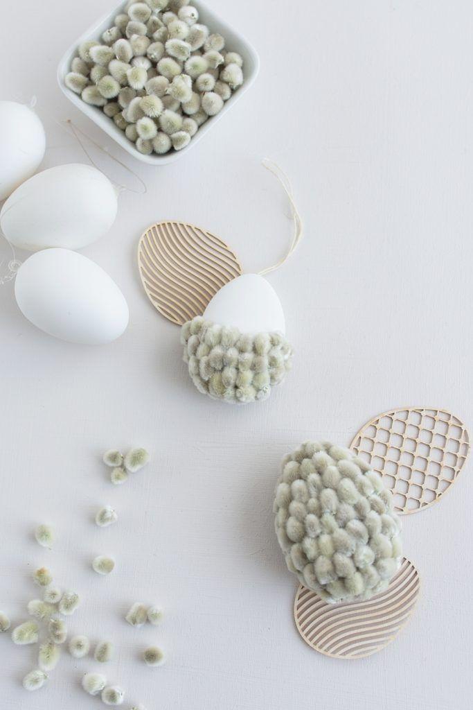 Schlichte Frühlings-Tischdeko und DIY-Weidenkätzchen Eier