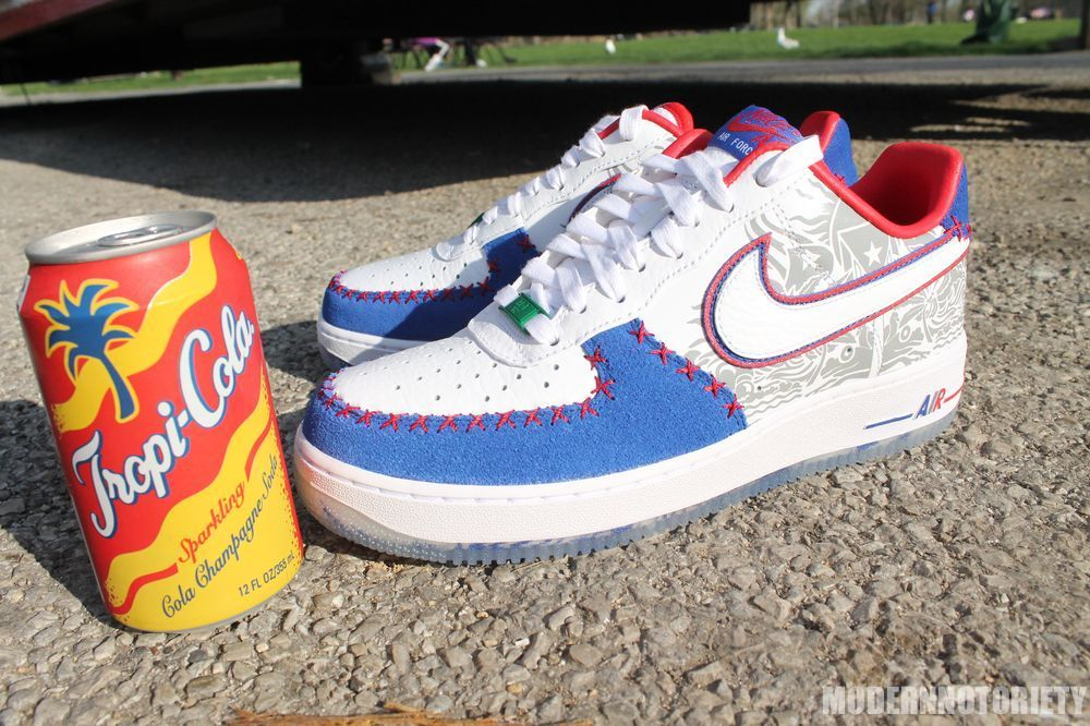 check out 42e16 ac547 Nike Air Force 1 Low