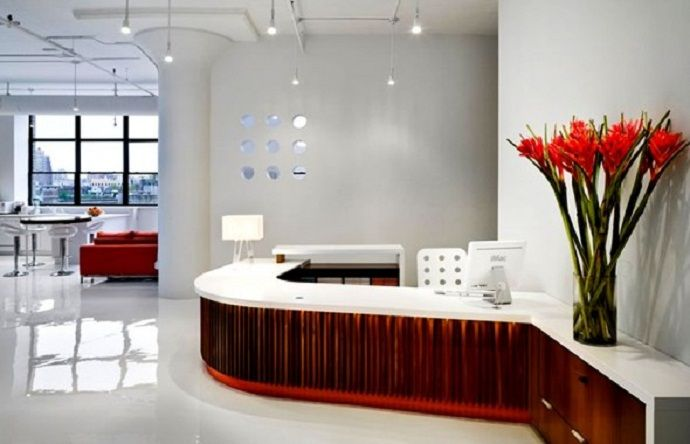 Commercial Office Interior Design Ideas With Glass Vase And Red
