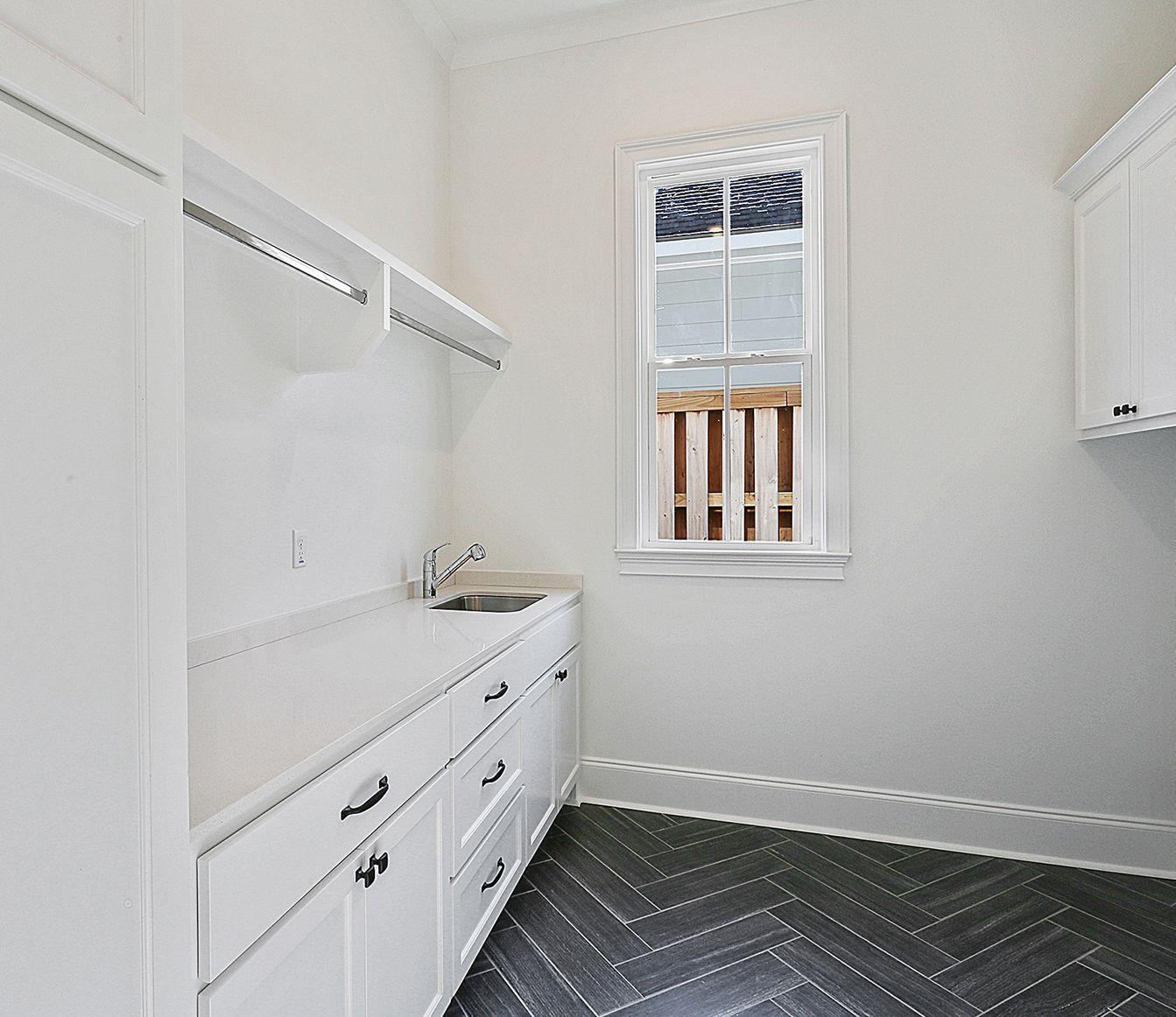 Bardwell Homes - Baton Rouge, LA | Laundry room built ins ...