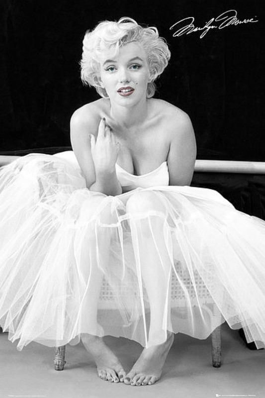 Maxi Poster 61cm x 91.5cm new and sealed Marilyn Monroe New York Dress