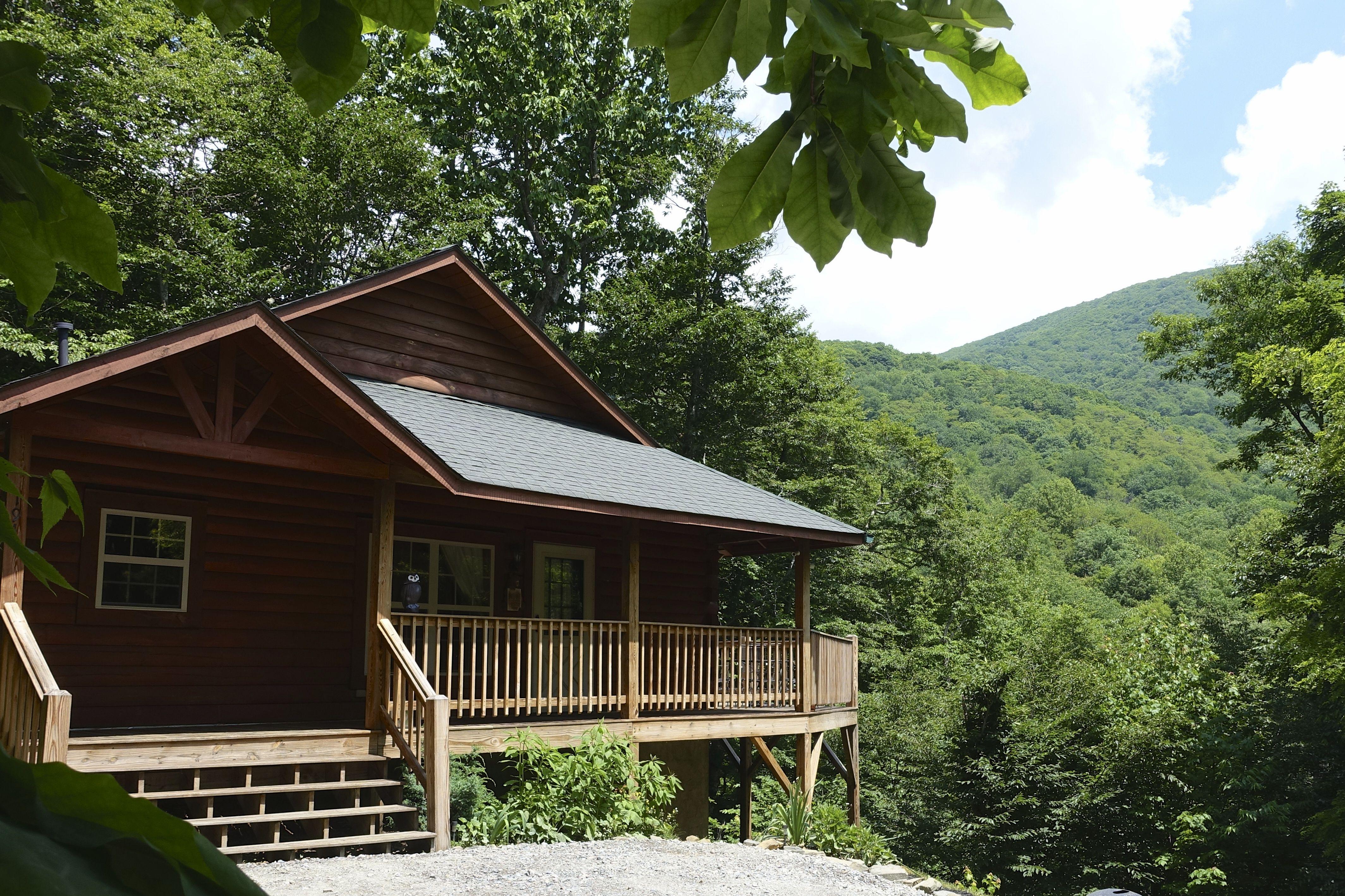 near knob this vacation rentals carolina boone cabin book cabins l image nc elk