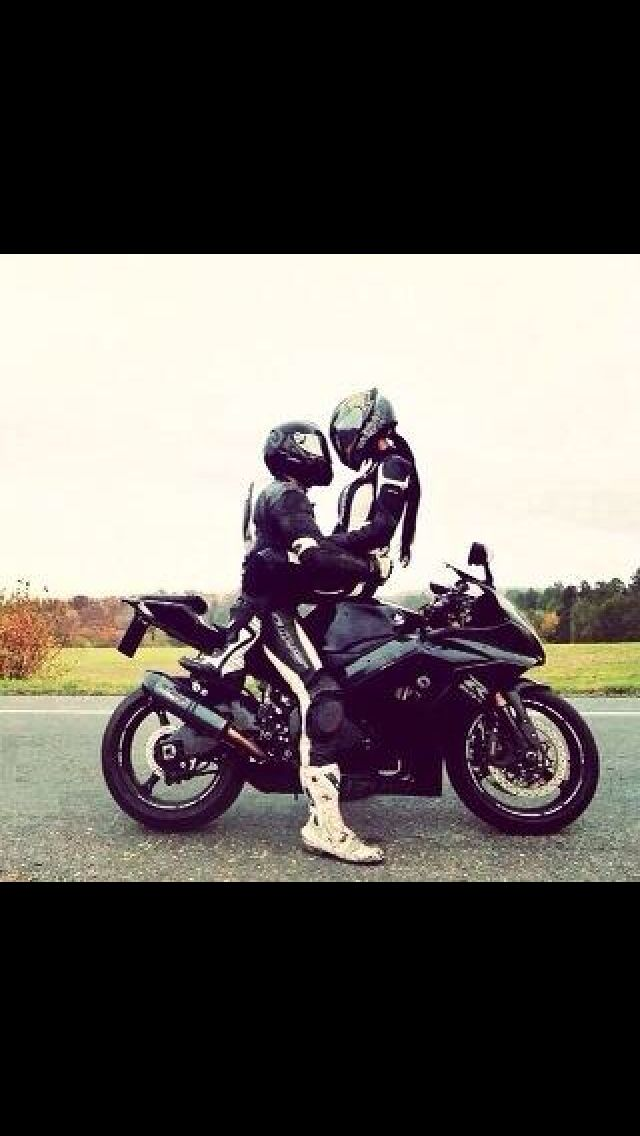 Cute Couple Brap With Images Motorcycle Couple Motorcycle