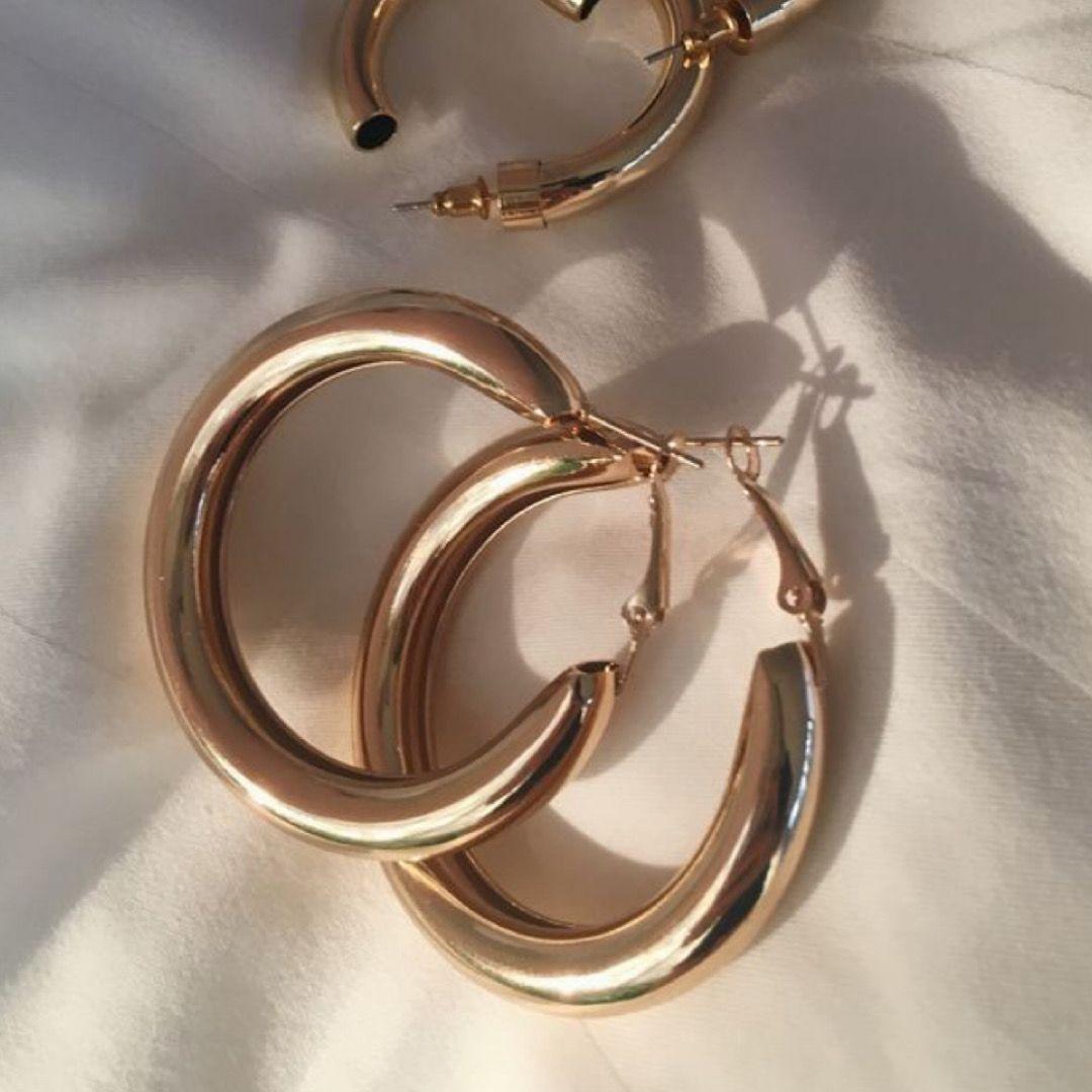 Livraison 1 à 5 jours 💌Découvre nos bijoux sur :www.louisonjeanne.com 💖 #mode #fashion #bijoux #bijouxcreateur #francaise #streetstyle #blog #look #lookdujour